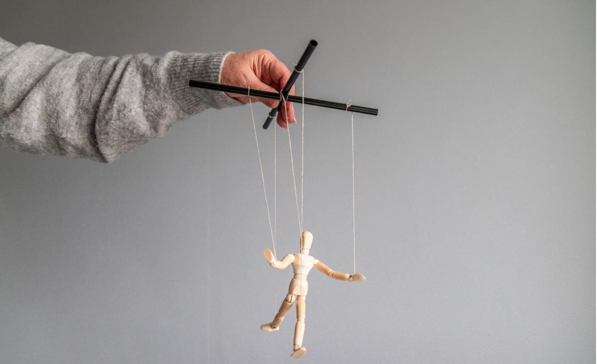 Czy jesteś podatny na manipulację?