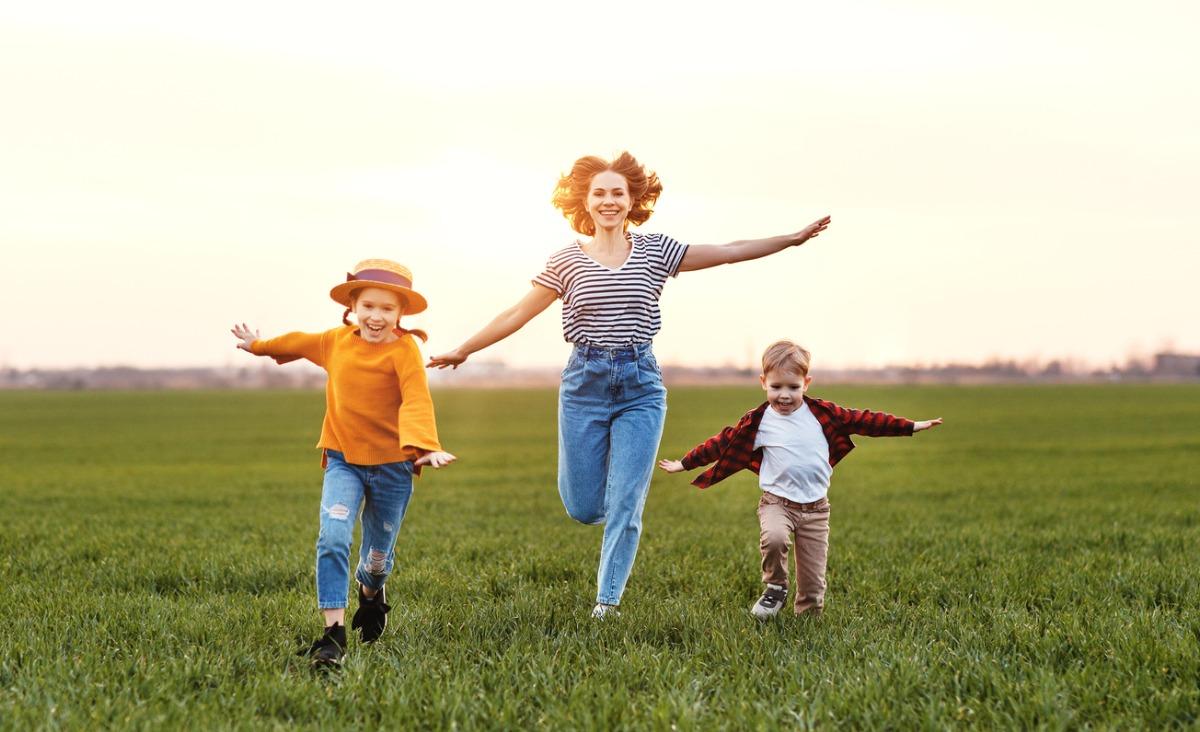 10 cech, których możemy się nauczyć od własnych dzieci