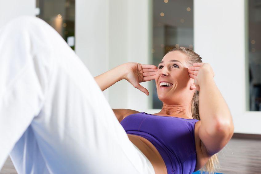 Ćwiczenia w domu– brzuch i prostowniki grzbietu