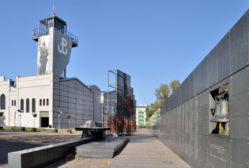 Powstańcze piosenki na placu Piłsudskiego
