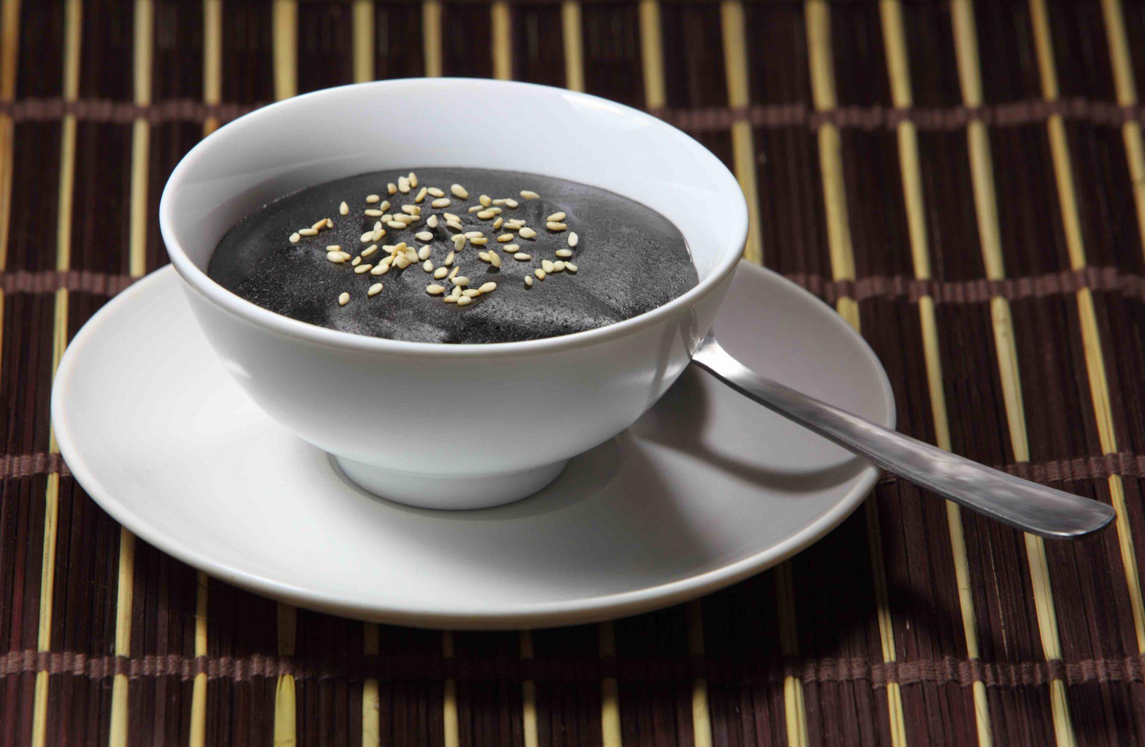 Zupa na zimę. Krem z czerwonej fasoli na ostro