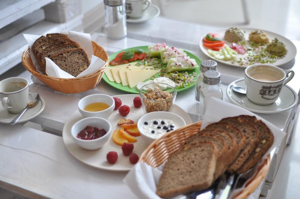 Kozak poleca śniadanie w Krakowie