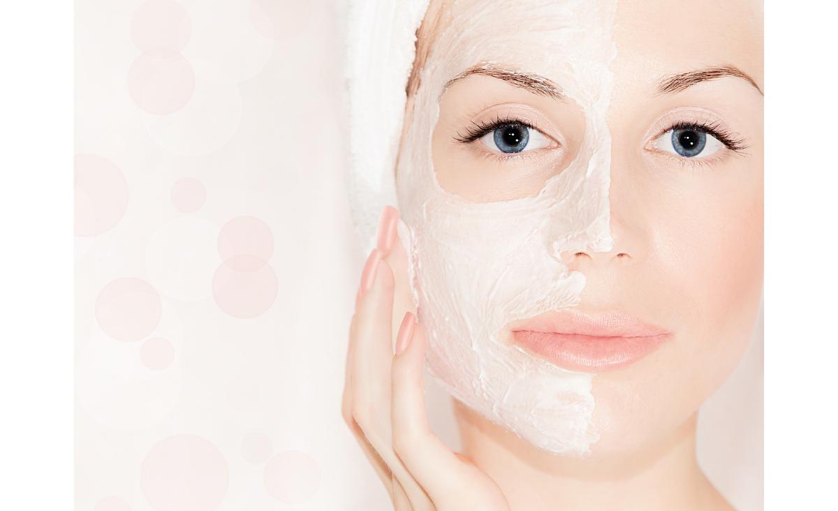 Maseczka do twarzy – działanie i rodzaje. Jak wybrać produkt idealny?