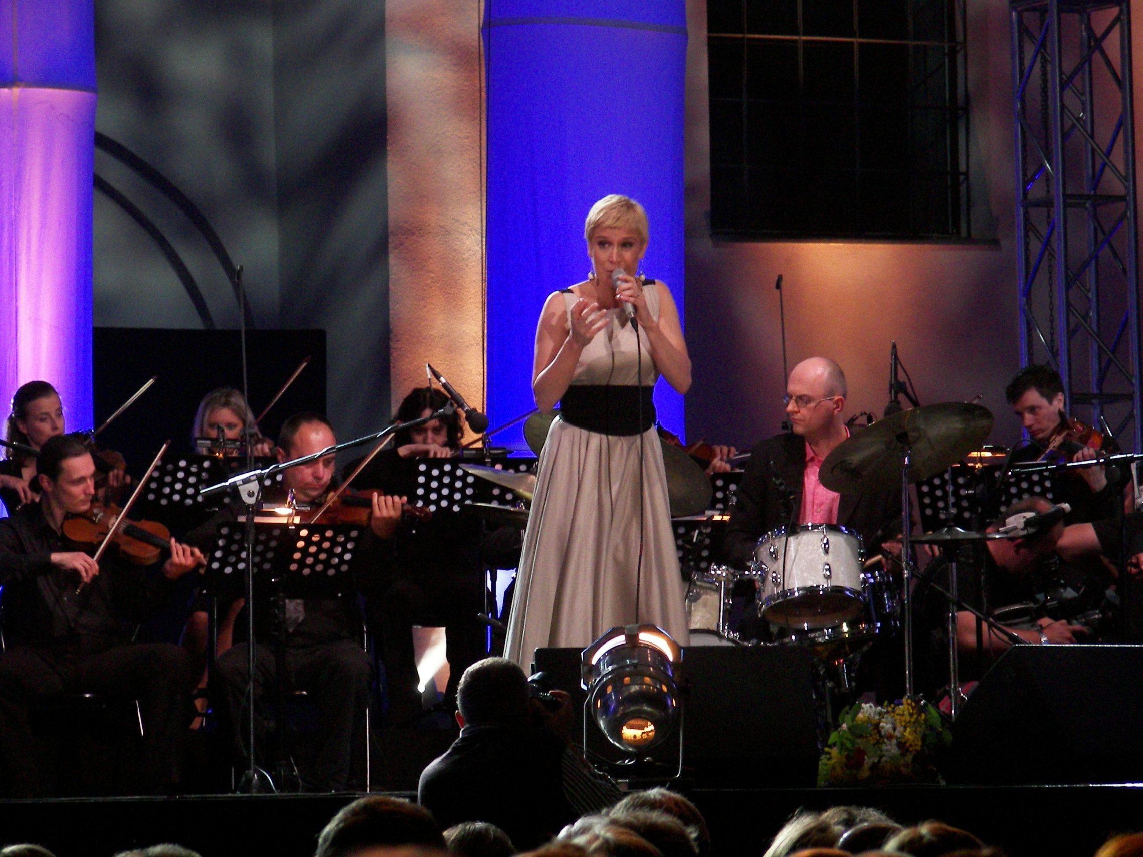 Aga Zaryan na święta w Filharmonii