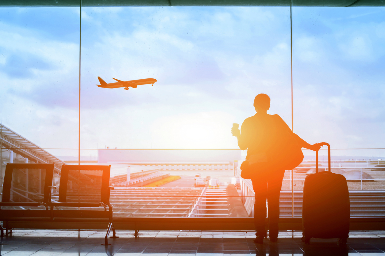 Życie za granicą: jak zadbać o relacje rodzinne?
