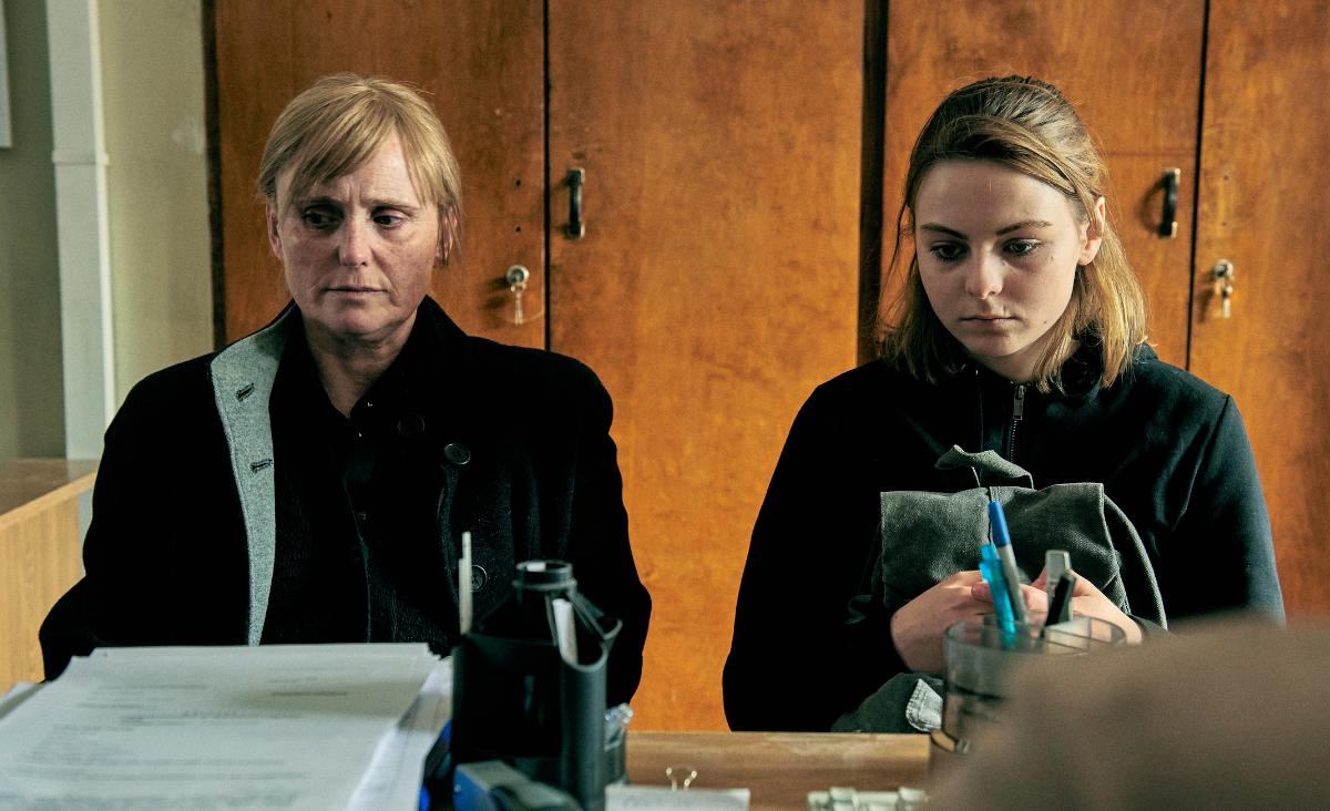 """""""Jak najdalej stąd"""" - o filmie rozmawiają Grażyna Torbicka i Martyna Harland"""