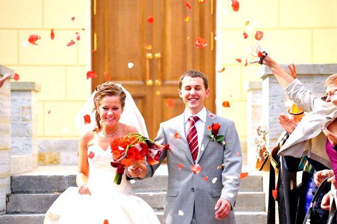 Coraz więcej chętnych na ślub kościelny