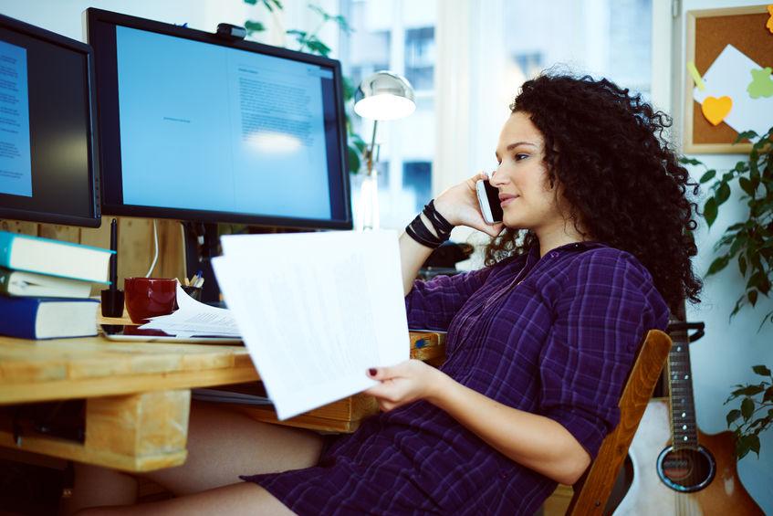 Własna działalność - zalety i wady pracy w domu