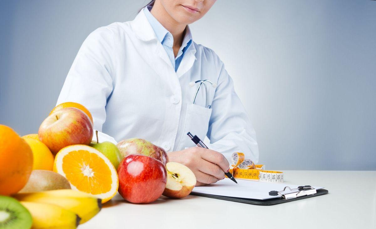 Jak znaleźć profesjonalnego dietetyka, żeby nie stracić pieniędzy i czasu?