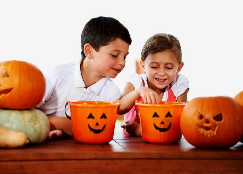 Zabawy z dziećmi w Halloween