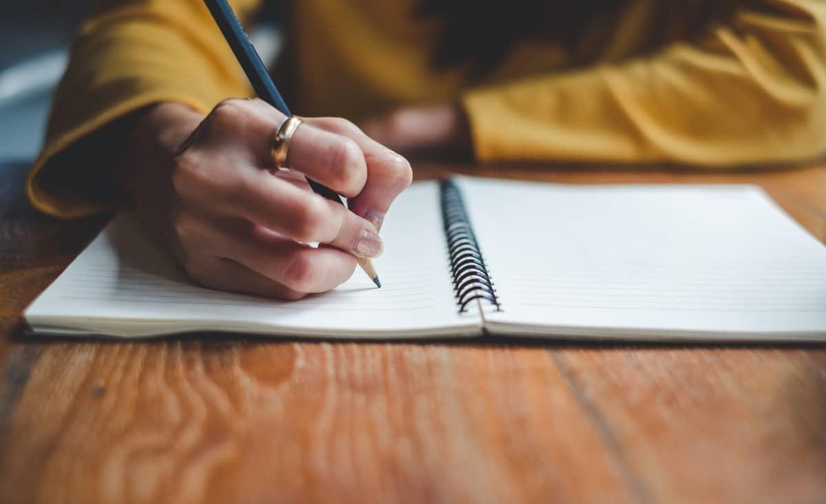 Co mówi o nas sposób pisania i mówienia i jak wpływa na nasze nastawienie do życia?