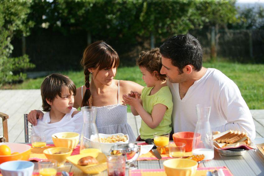 Minta: bunt przy stole, czyli dlaczego niektóre dzieci nie jedzą obiadu