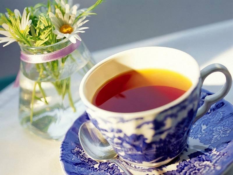 Czy herbata jest zdrowa w upały?