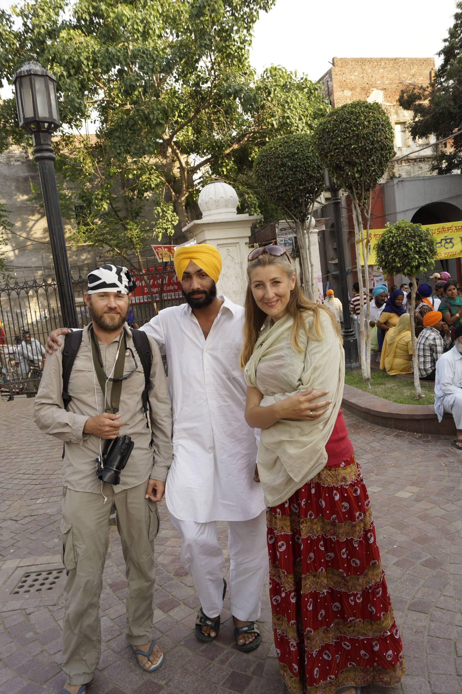 Pamiątkowe zdjęcie po długiej rozmowie na temat sikhizmu