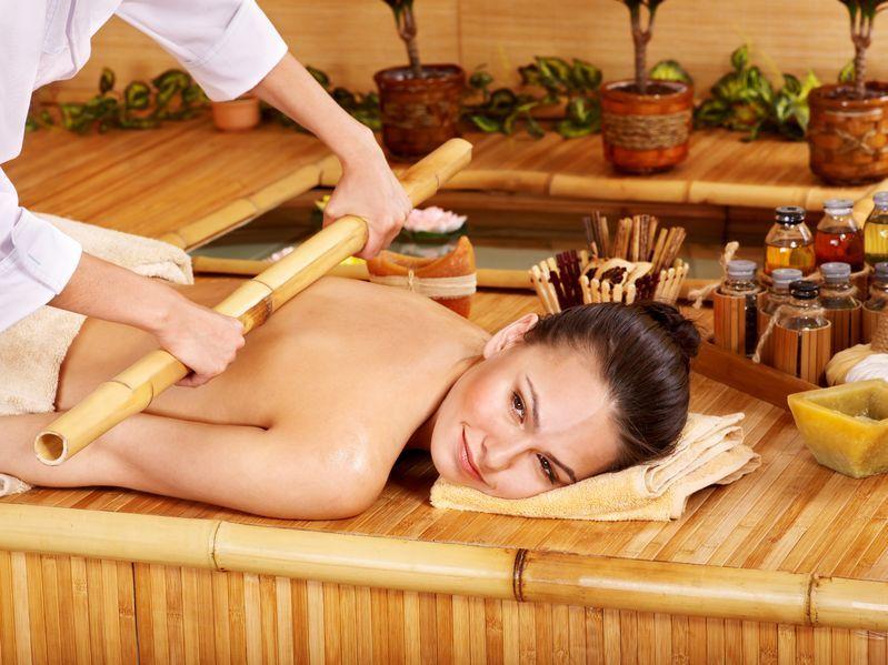 Zdrowy masaż bambusowy