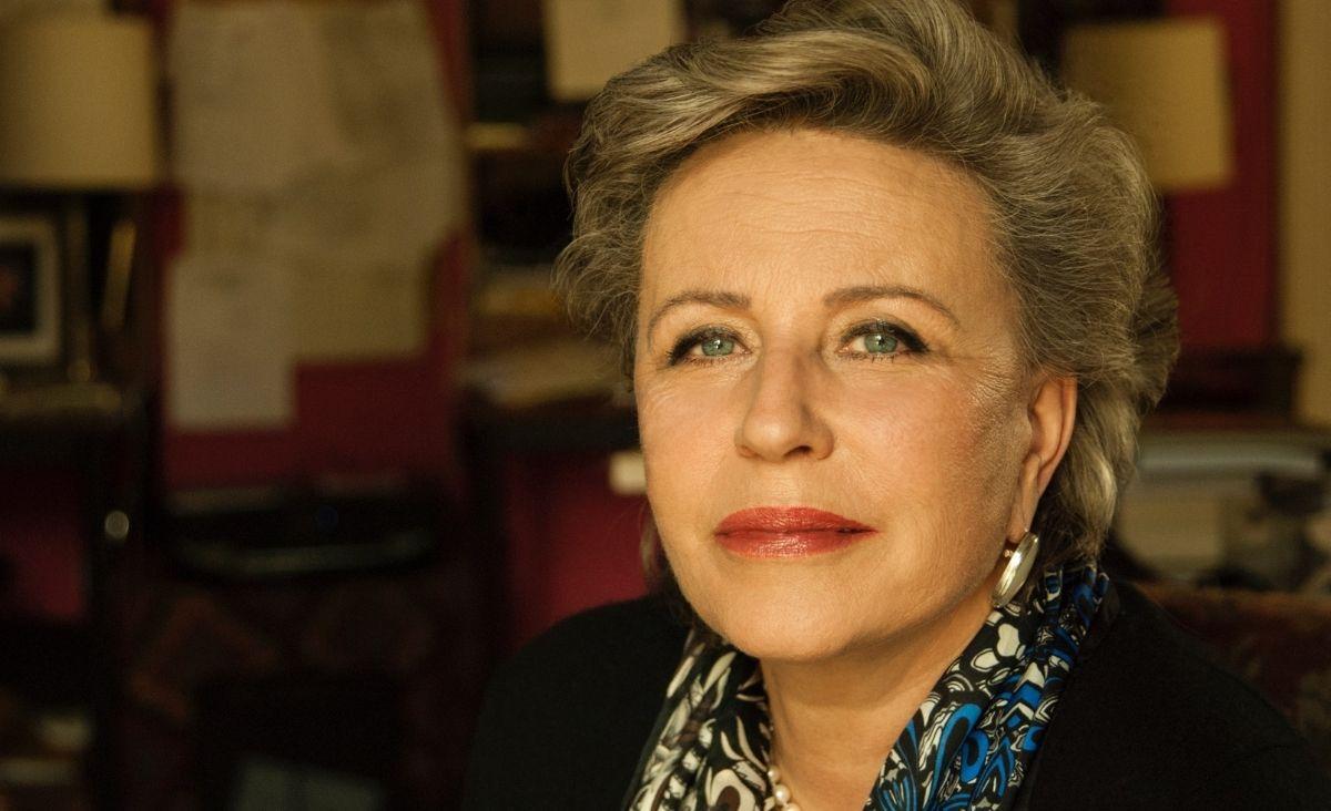 Krystyna Janda promuje czytanie poezji