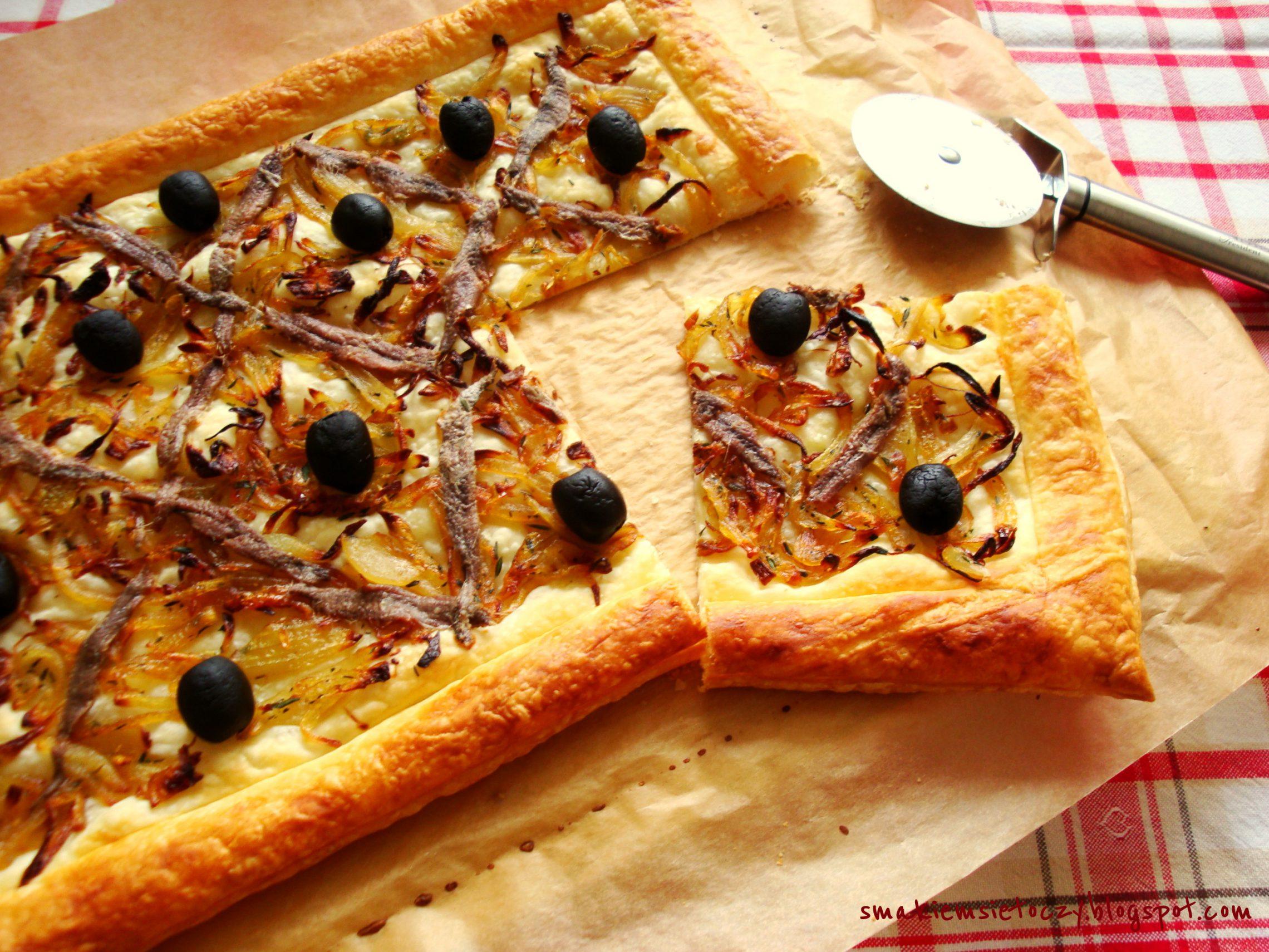 Tarta à la pissaladière na cieście francuskim
