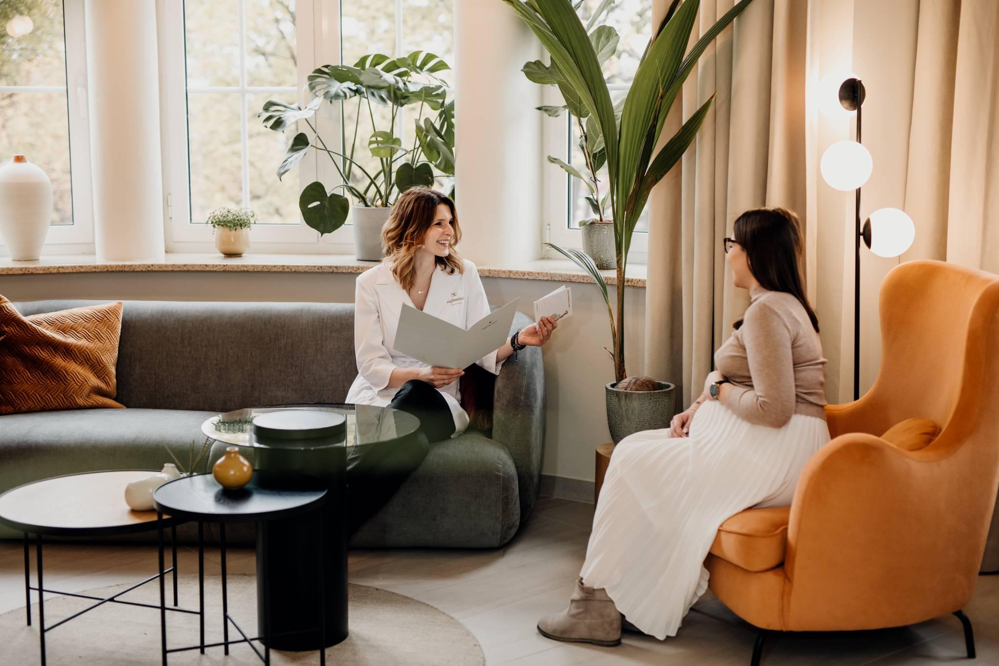 """""""Bezpieczne miejsce dla kobiet"""" rozmowa z Aleksandrą Gołuchowską, współwłaścicielką kliniki Infemini"""