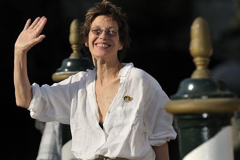 Jane Birkin odbiera swoje nazwisko torebce Hermèsa