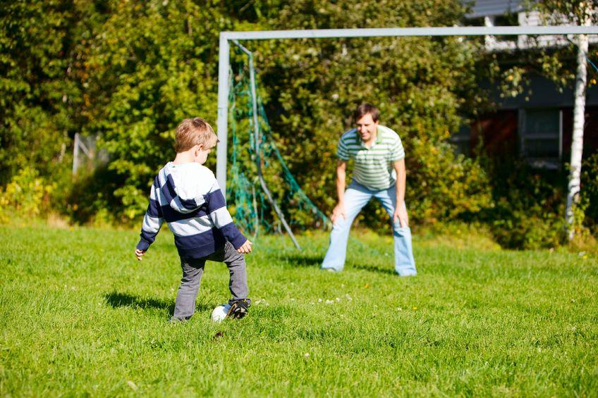 Zabawy z dziecmi w lato