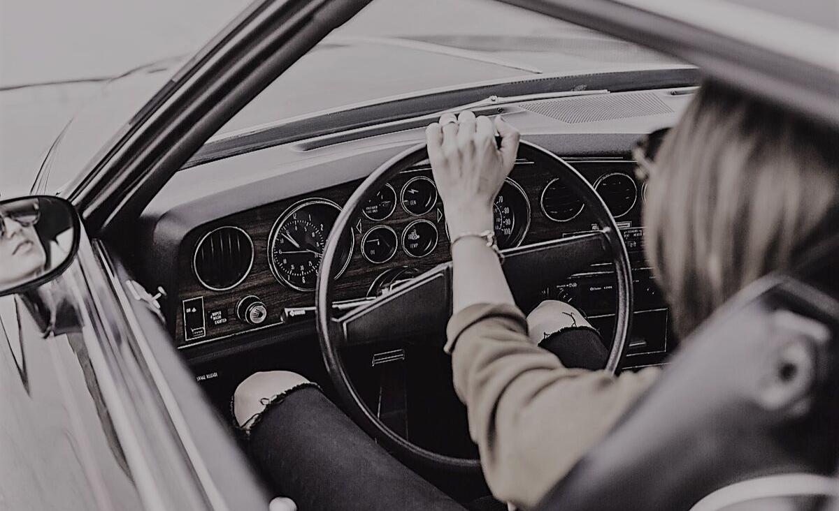 Co zrobić z ubezpieczeniem po zakupie auta?