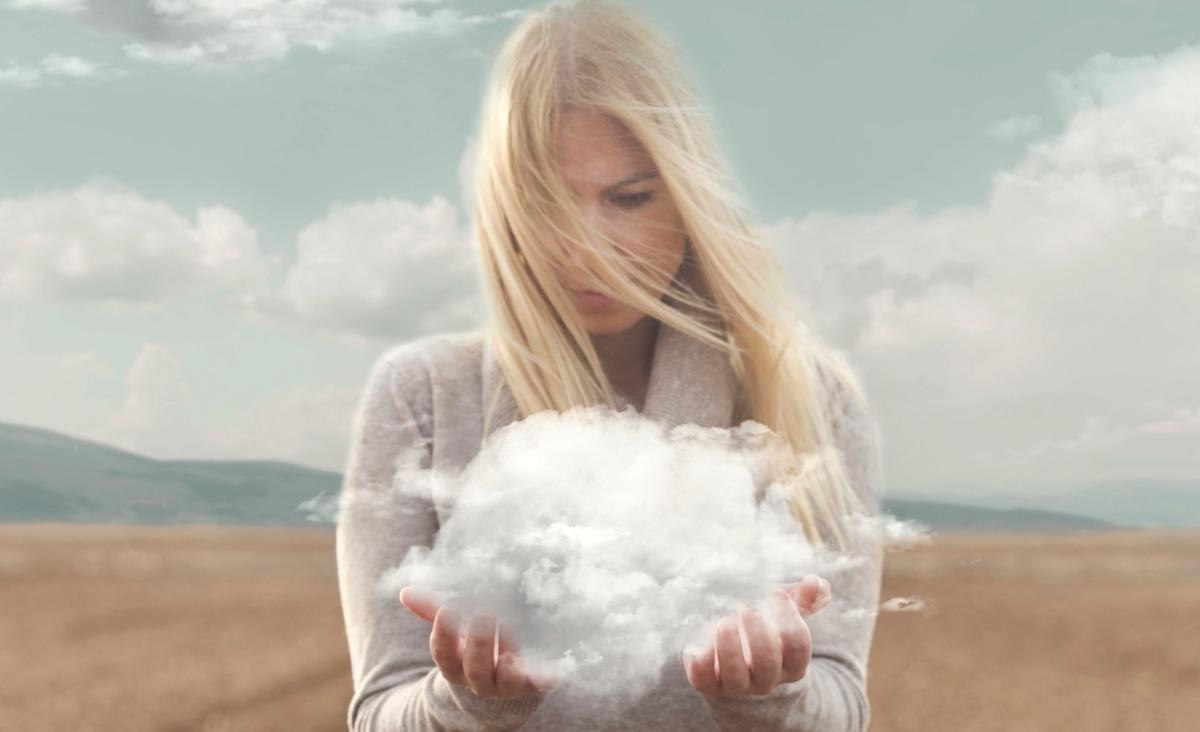 Głowa pełna pyłu. Co badacze mówią o smogu i jak się przed nim bronić?