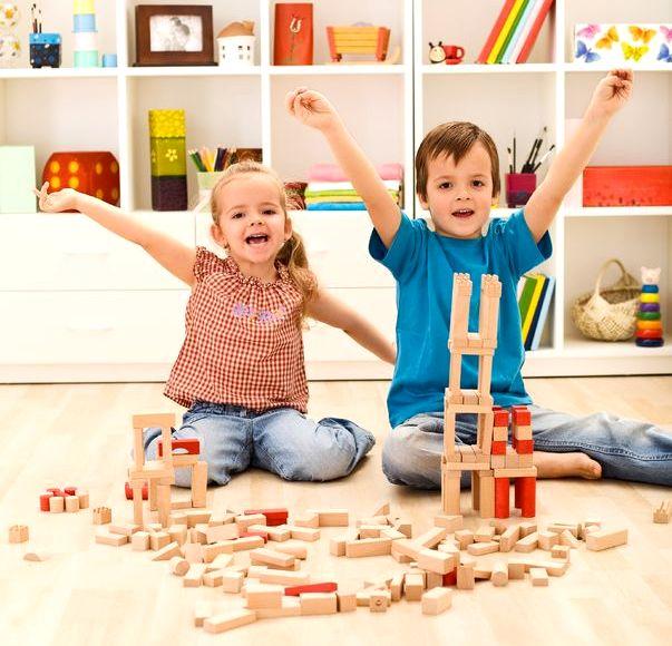 Zabawy z architekturą- zabawa w budowanie