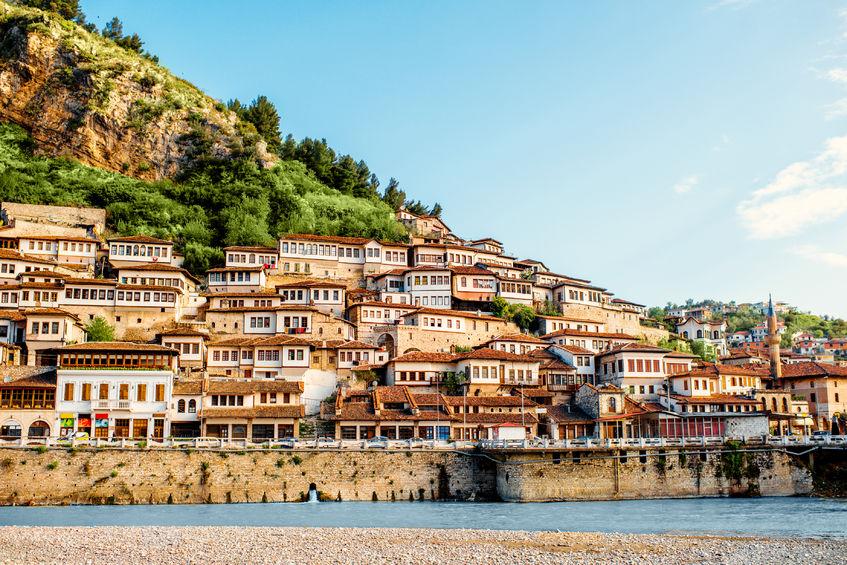 Historyczne miasto Berat w Albanii; fot.123rf