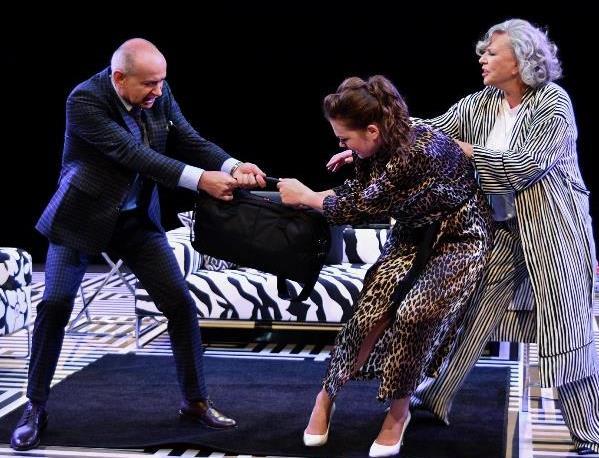 """""""Pomoc domowa"""" wOch-Teatrze"""