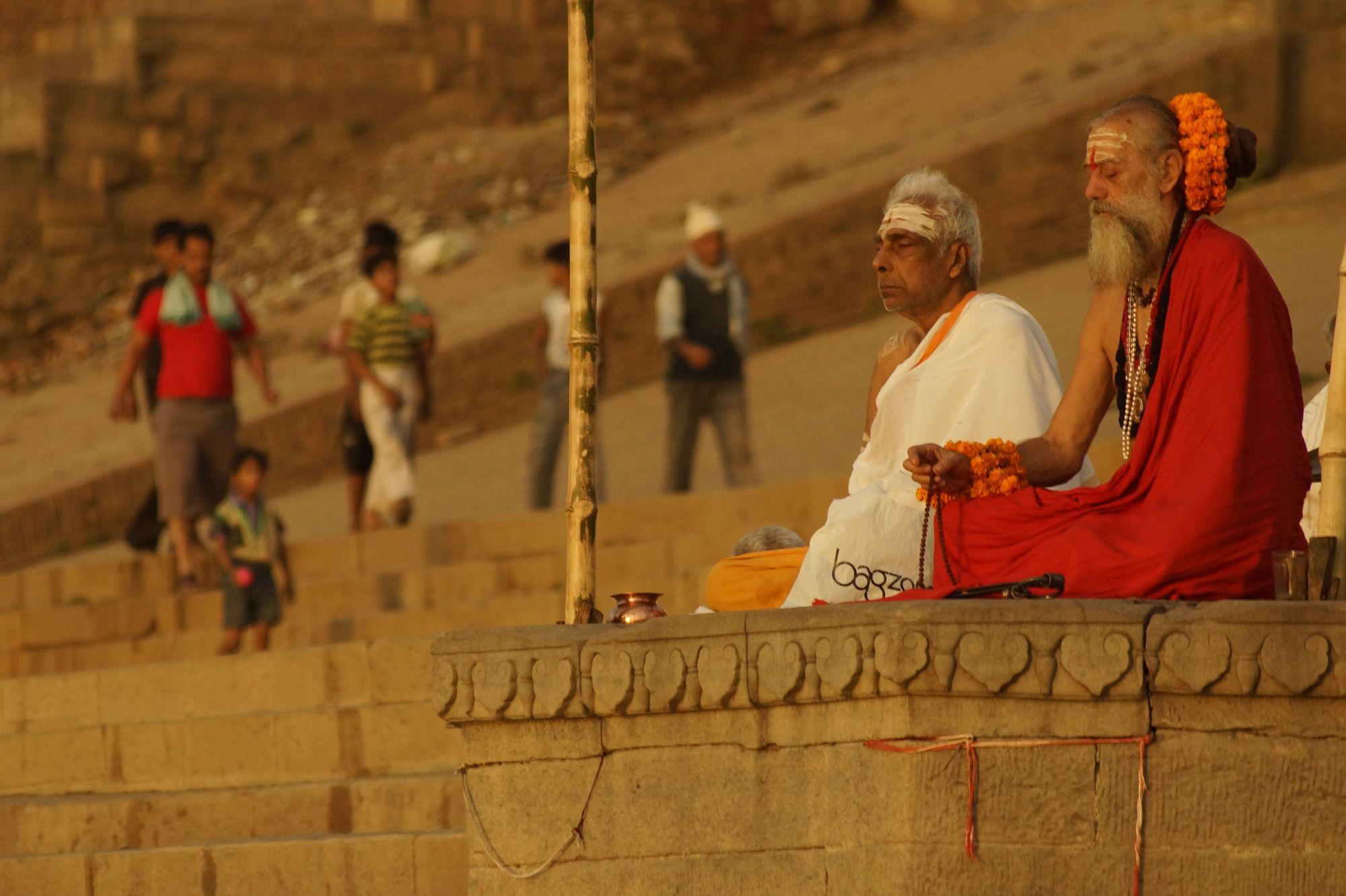 Święci mężowie z Waranasi
