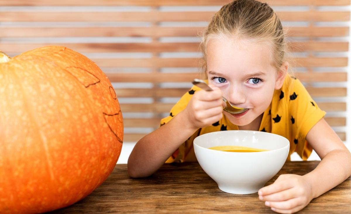 Jak zachęcić dzieci do zdrowego jedzenia? Radzi dietetyczka Katarzyna Błażejewska-Stuhr