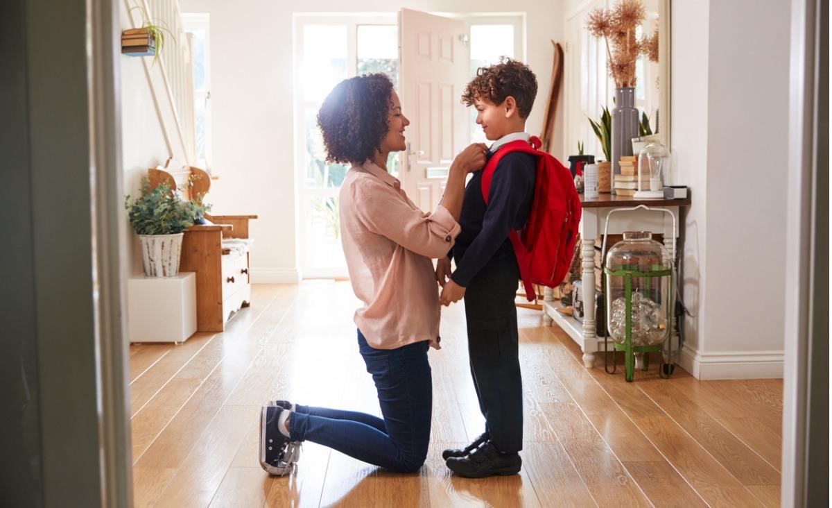 Nadopiekuńczość matki wobec syna - jakie może mieć konsekwencje?