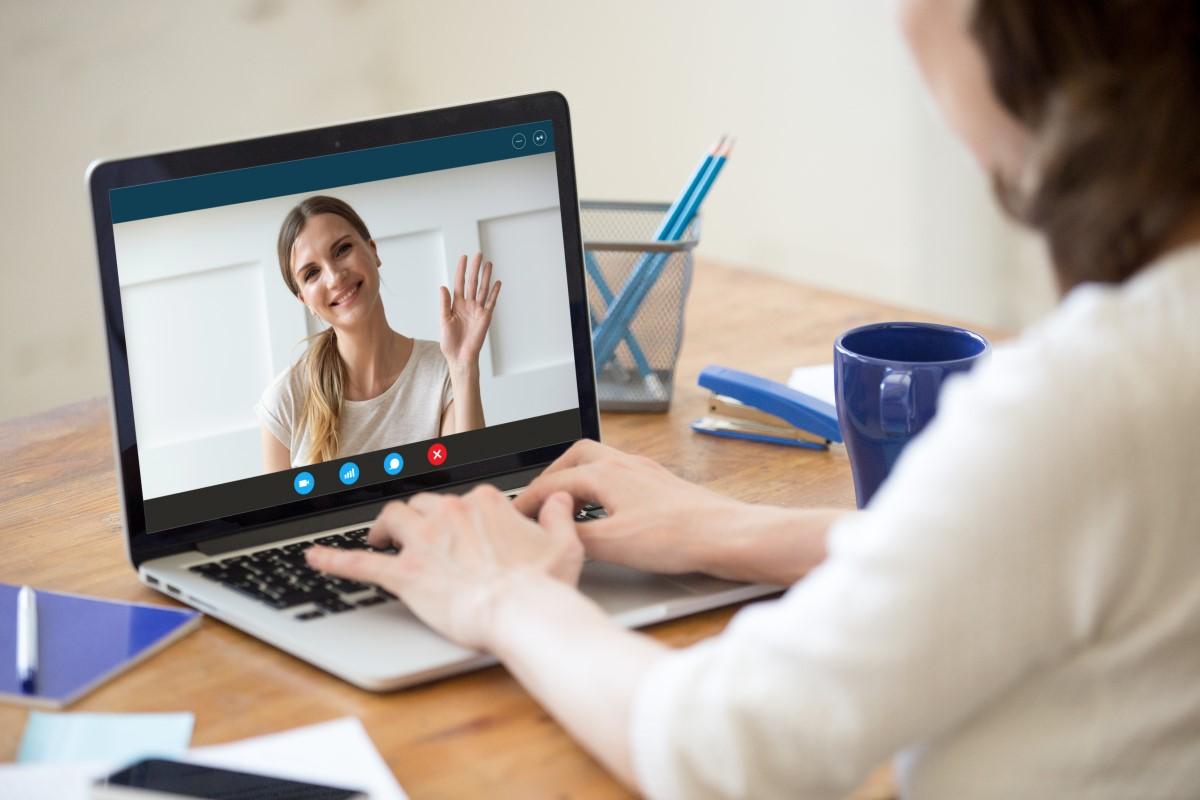 Psycholog online - jak wygląda terapia przez Internet i jak się przygotować?