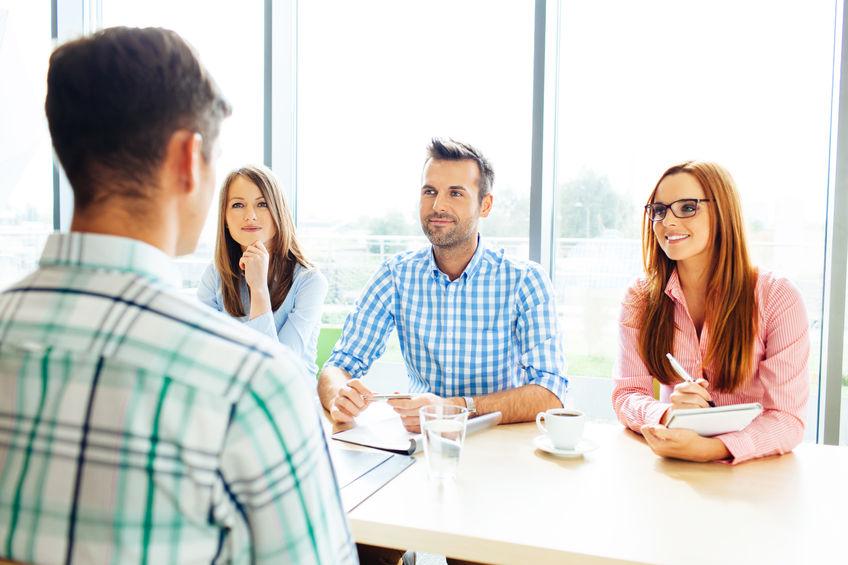 Mowa ciała podczas rozmowy rekrutacyjnej