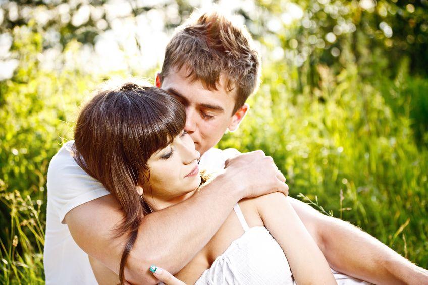 Toksyczny a zdrowy związek: kiedy miłość zaczyna być toksyczna?