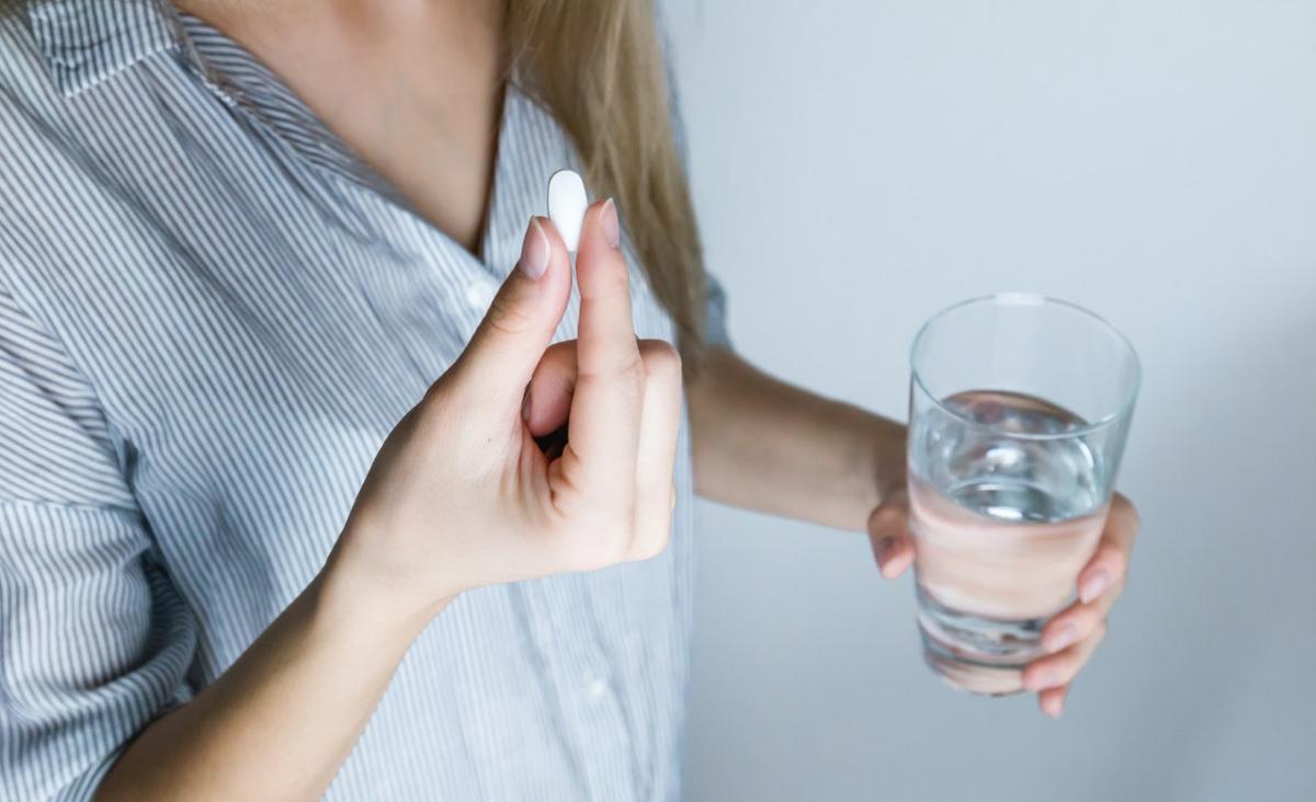 """Antykoncepcja awaryjna - czy każdy lekarz przepisze tabletkę """"dzień po""""?"""