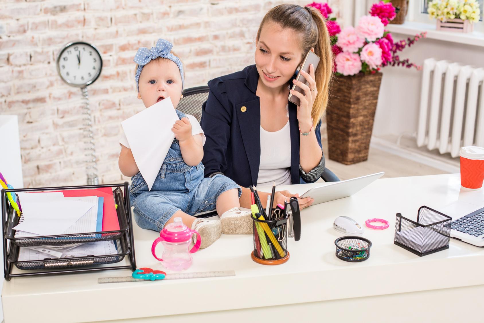 Wracasz z urlopu macierzyńskiego? Sprawdź, co powinnaś wiedzieć!