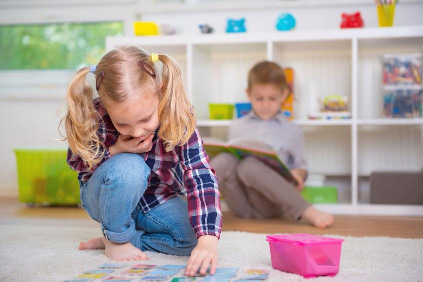 Wspólny pokój chłopca i dziewczynki. Jak zagospodarować przestrzeń?