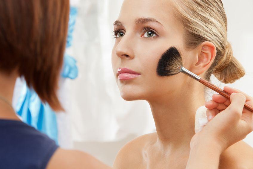 Jak działają kosmetyki matujące