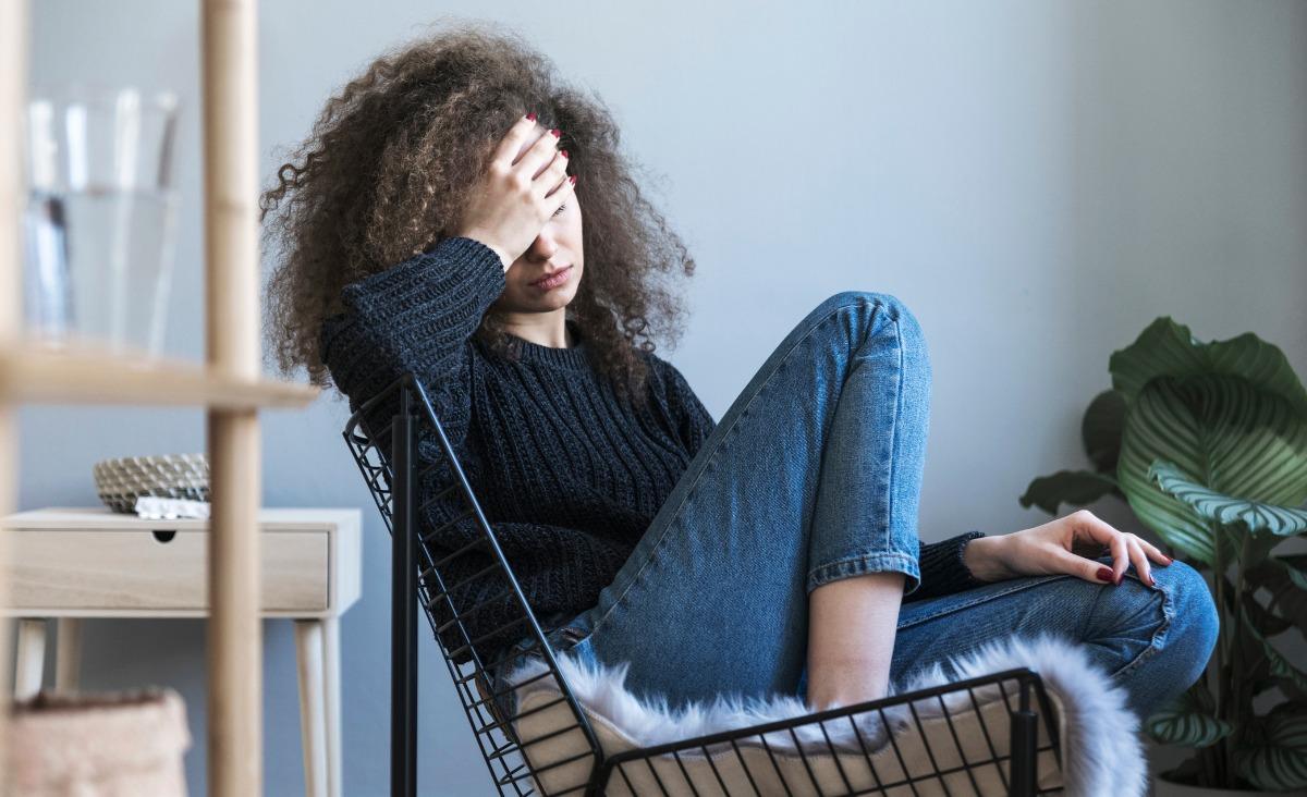 Jak sobie radzić z nadwrażliwością emocjonalną?