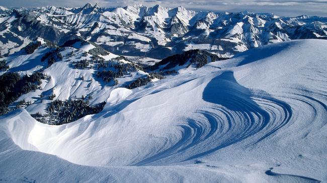 Szwajcaria. W sercu śnieżnych gór