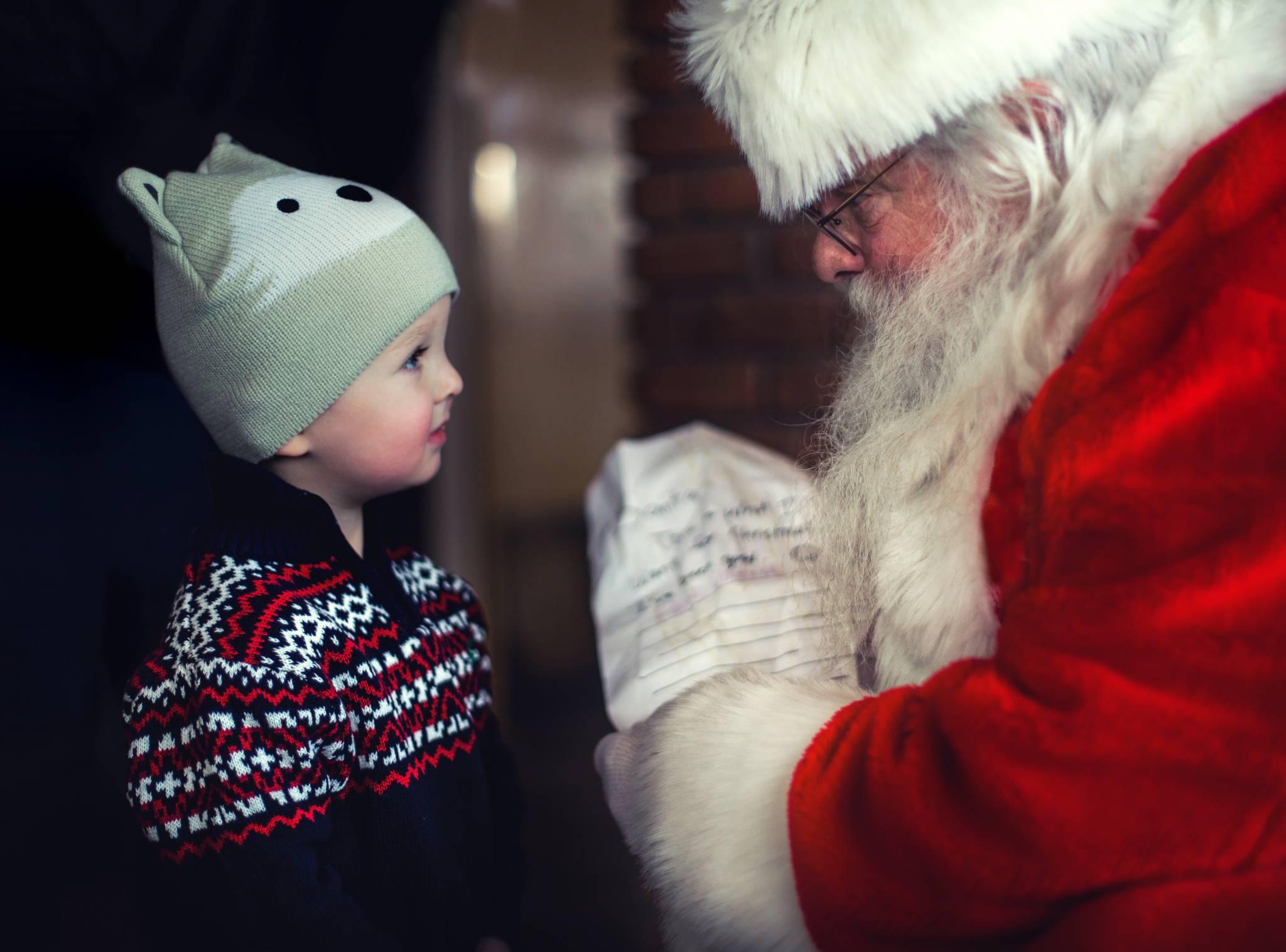 """""""Mądre"""" prezenty, czyli podarunki, które rozwijają wyobraźnię!"""