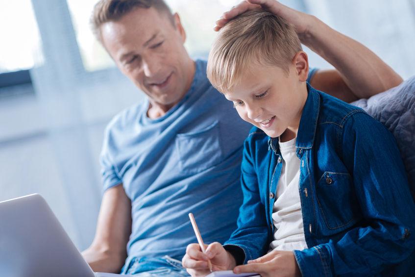 Jak mądrze chwalić dziecko?