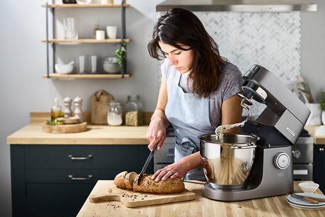 Robot kuchenny niezastąpiony w pieczeniu chleba