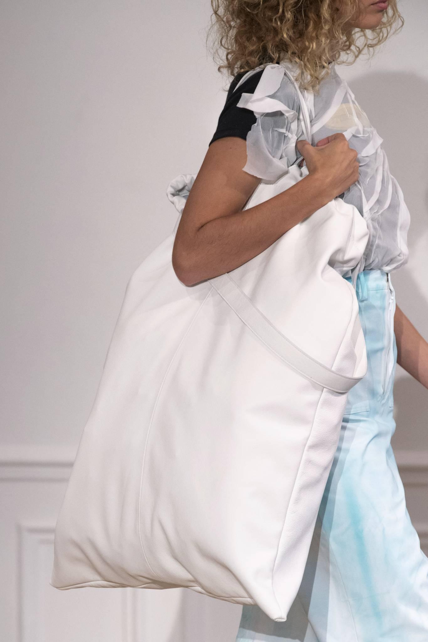 Najmodniejsze torby na nowy sezon - inspiracje z pokazów