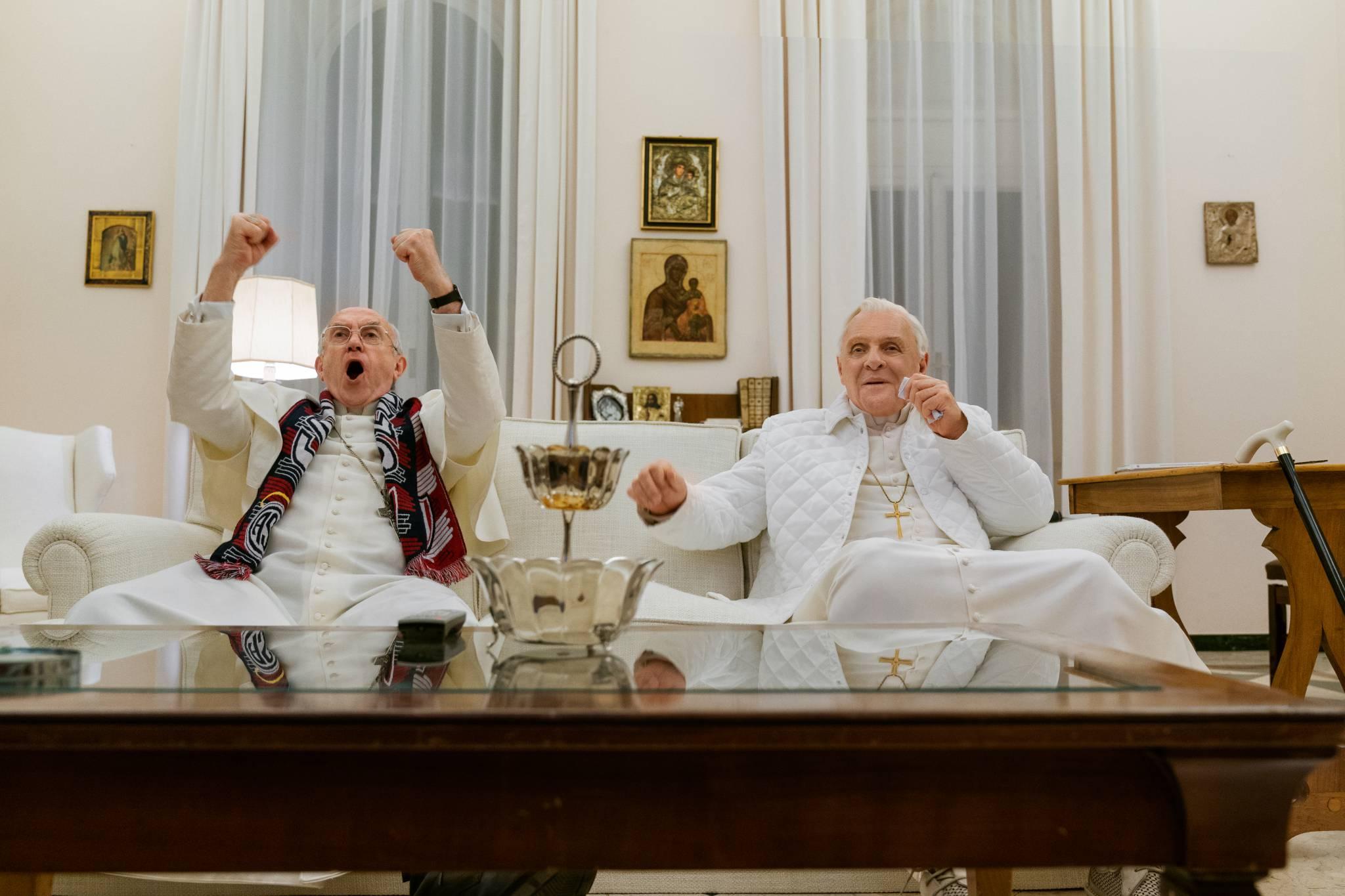 Główny zwiastun Dwóch papieży już dostępny! W głównych rolach Anthony Hopkins i Jonathan Pryce.