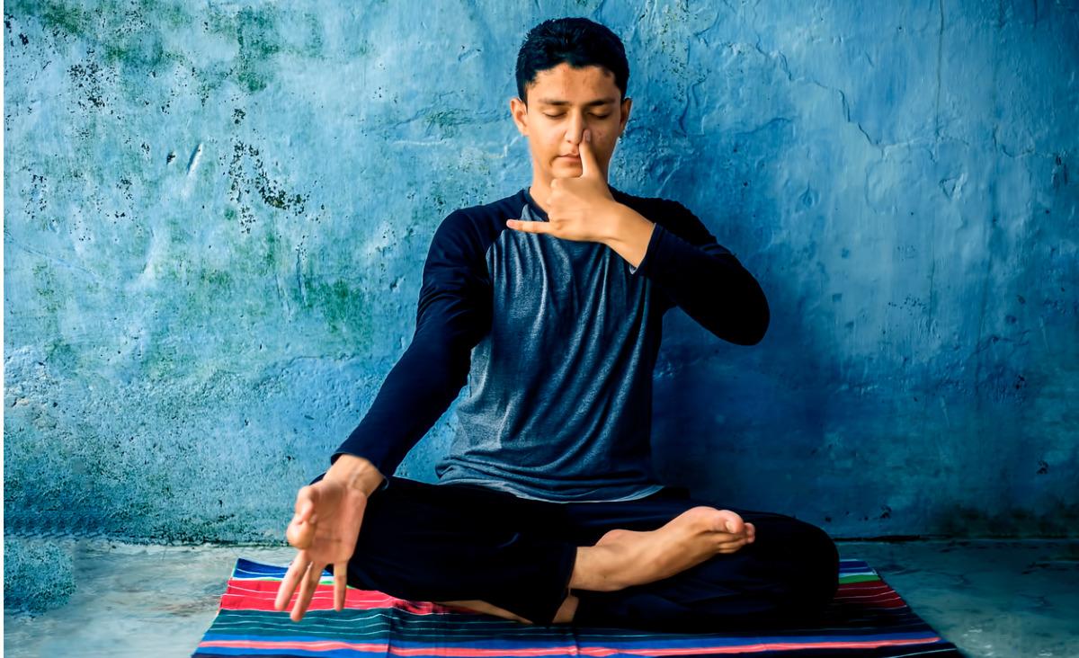 Pranajama - sztuka oddychania, dzięki której odzyskasz energię