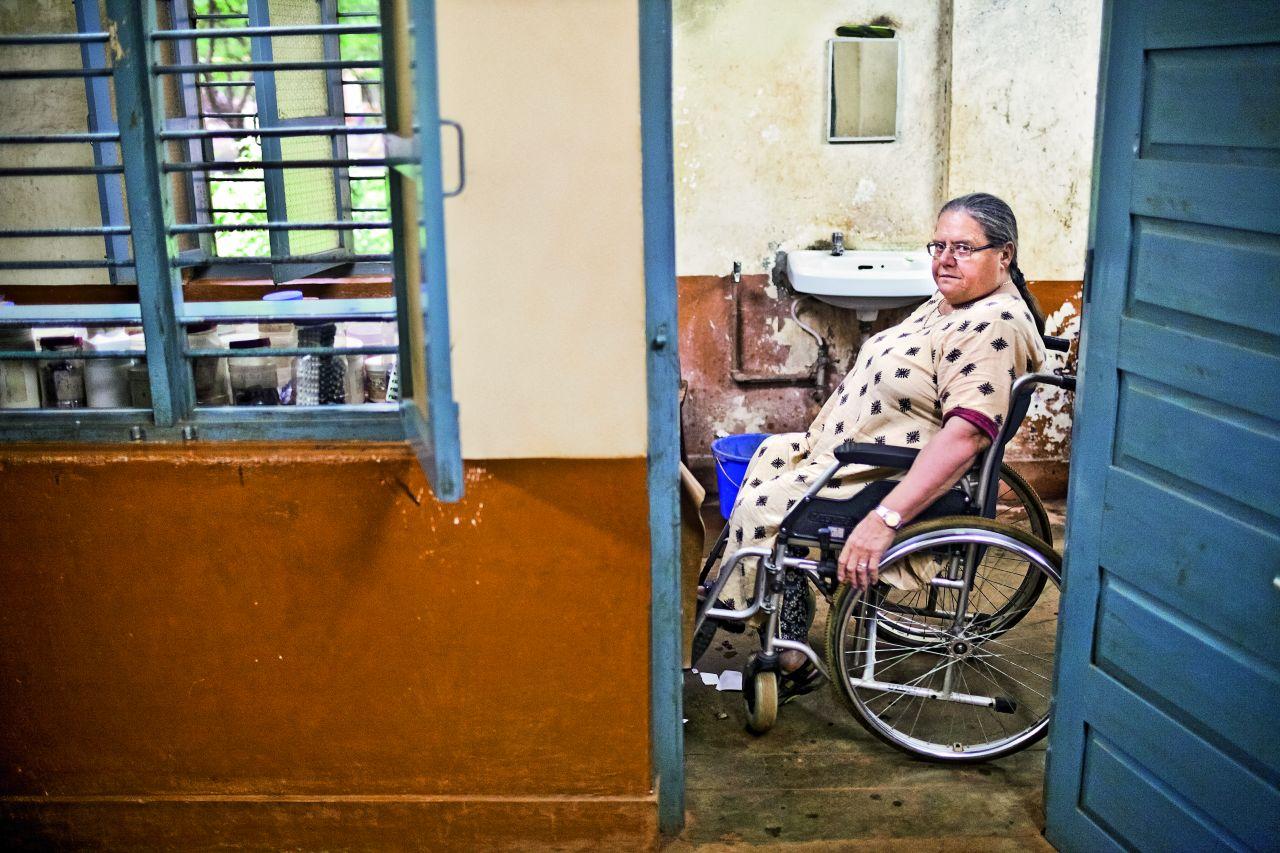 Choć w Indiach zniesiono system kastowy, kasta ciągle określa miejsce w społeczeństwie, a Helena czuje się poza kastami (Fot. Adam Rostkowski)