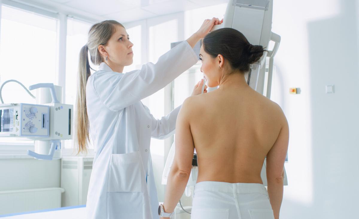 Wiek a mammografia - w jakim wieku wykonać pierwsze badanie?