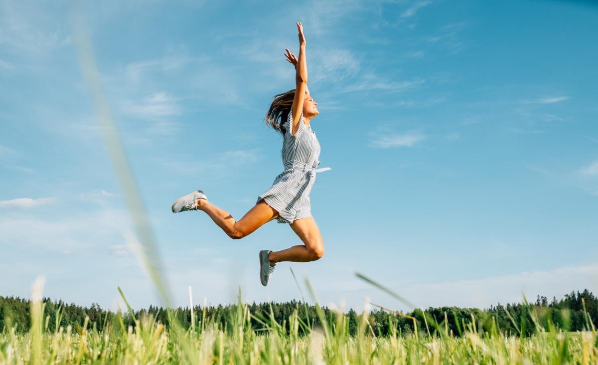 Skakać, biegać, dźwigać, zwisać - co to znaczy ruszać się naturalnie?